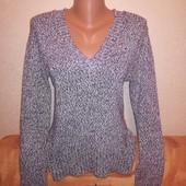 Женские свитера, один на выбор. Размер 44, 46
