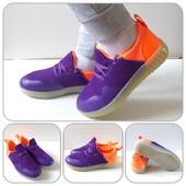 Яркие ,красивые,удобные кроссовки! Отличное качество!Размер28, 30,32,36,38