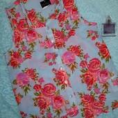 Шикарная Новая блузочка в цветах New look,на девочку от 13 лет