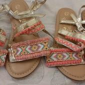 Детские стильные сандалии Accessorize