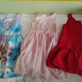 Лот шикарных платьев 4-6 лет