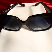Солнцезащитные очки Gucci, черный квадрат