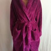 Пухнастий плотний добротний об'ємний брендовий халат з мікрофібри у відмінному стані С М