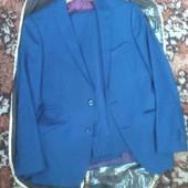 шикарный мужской костюм