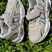 Кросівки , фото мої.