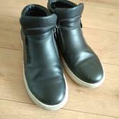 Ботинки/скейтера/кроссовки 23,5см(собирайте мои лоты)