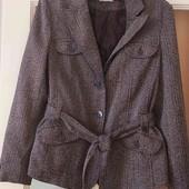 очень стильный пиджак-пальтишко