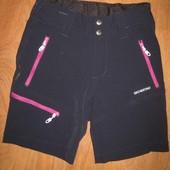 Спортивные шорты для девочки. На 6-7 лет. Smogstad в отличном состоянии!