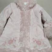 Демисезонное пальто H&М, на 6-7 лет.