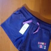 Фирменные шорты, в лоте 1 на выбор нужного размера