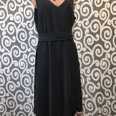 Оригинальное платье H&M графитового цвета на пышненькую леди .