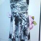 Нарядное платье Marks & Spencer