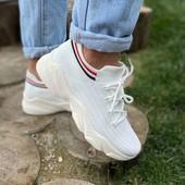 белые кроссовки, слипоны. Мега распродажа!!!
