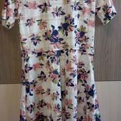 Новое милое платье размер S