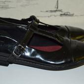 Шкільні туфельки Кларкс 32.5 розмір
