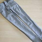 фирменые джинсы с бусинами