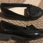 Туфлі для школи розмір 36 стелька 22 см в стані нових