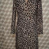 Пальто в леопардовом принте.Не реально классное! в идеальном состоянии.