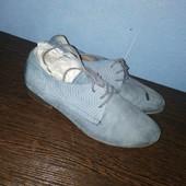 109. Туфлі
