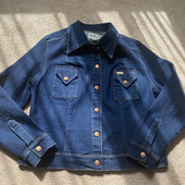 Джинсова куртка 40/42 розмір