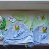 Новые шапочки чепчики или пинеточки на малыша. Одно что-то на выбор