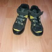 Демисезонные ботинки,Вайкики,31 размер,20.5 см стелька