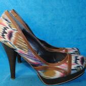Туфли на каблуке Madden girl 41 размер 9