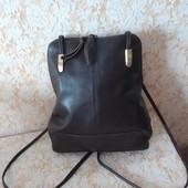 Шкіряна сумка-рюкзак бренда Jobis,стан супер