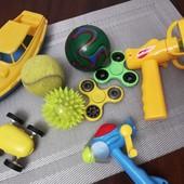 Пакет игрушек для мальчика, мячи, вентиляторы, спинеры, лодка, машинка перевертыш