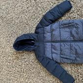 Крута,тепла куртка на хлопчика 4-5 років