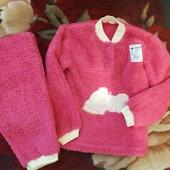 Теплая махровая малиновая пижамка для девочки 98, 104 рост. Новая