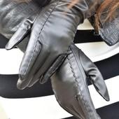 Стильные и теплые перчатки из эко-кожи