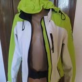 лижна ,спортивна куртка