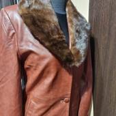 пальто кожа , воротник норка, 46 р., витринная модель