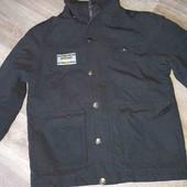 Черная стильная куртка на подростка 152см