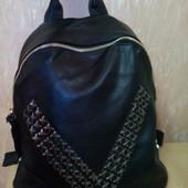 Очень вместительный женский рюкзак. Экокожа